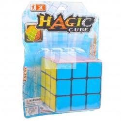 Brinquedo cubo mágico